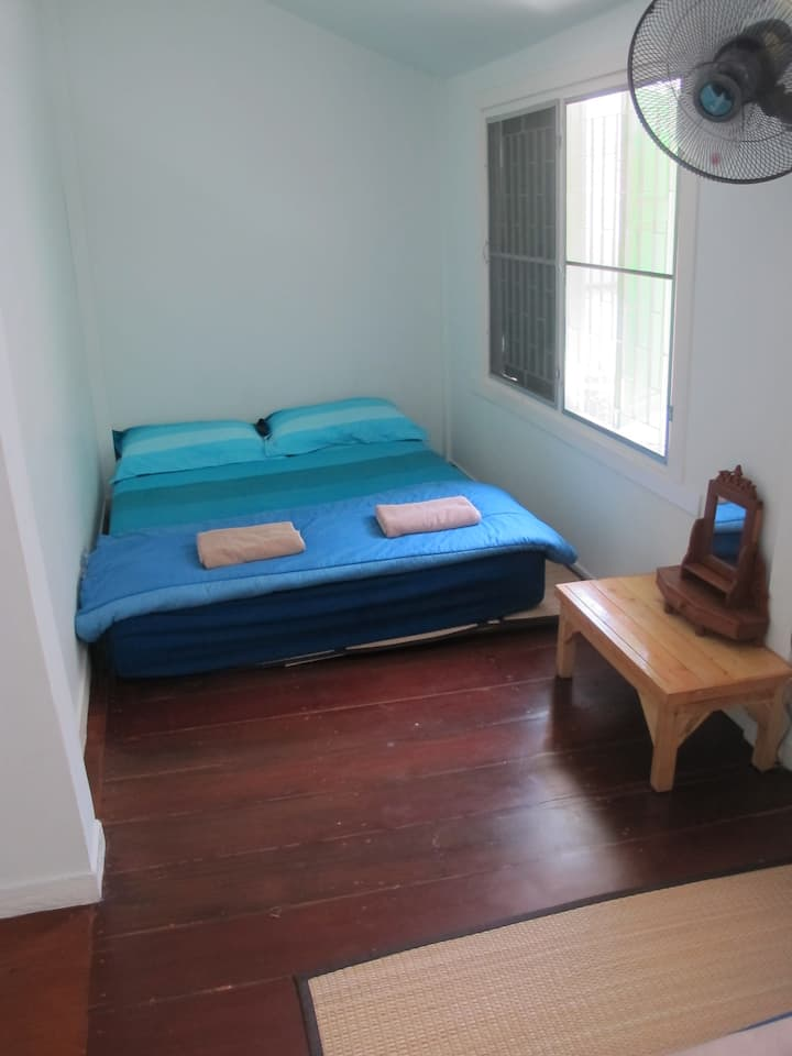 Private 1 double & 1 sinlge bed
