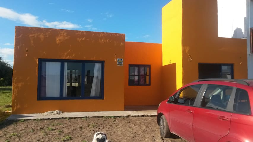 CASA A DOS CUADRAS DEL MAR EN MAR DEL SUR - Mar del Plata - House