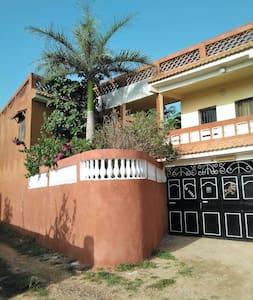 chambres d'hôtes à Toubab Dialaw - Toubab Dialao