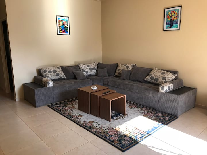 Rodepalm Apartments provides comfort for less (G)