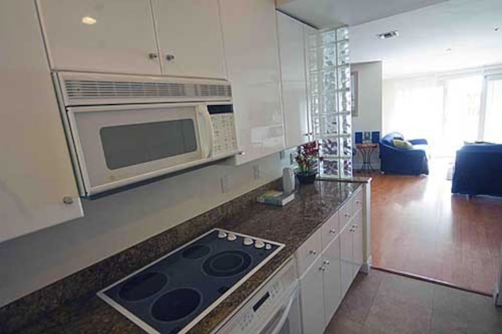 Full kitchen- with dishwasher and washer/dryer