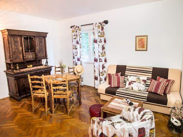 Marino-One Bed Apartment with Balcony & Sea View 1 - Molunat