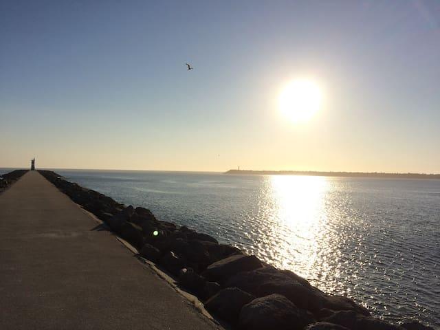 Ocean House - Memorable getaway to Cabedelo Beach!