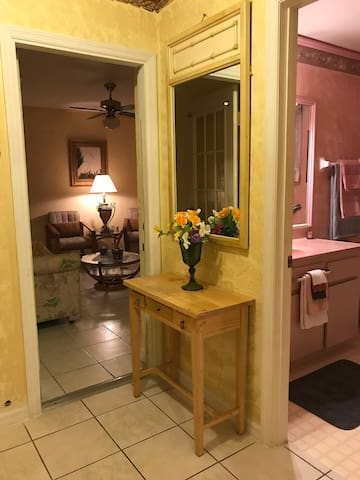 Apartment at Private House In Warm Mineral Springs