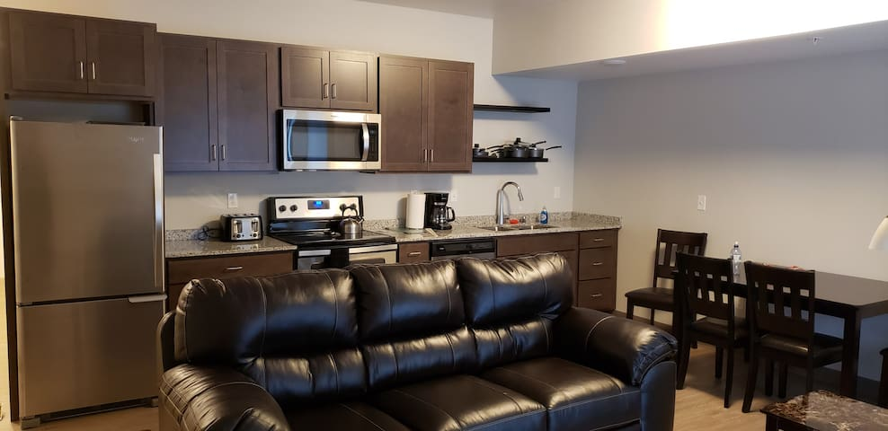 4 Blocks From Mayo, Fully Furnished Apartment