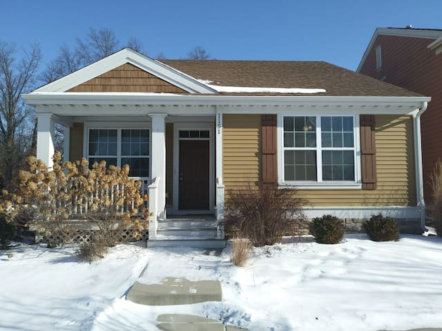 Nice Community Home just minutes from the Beach!