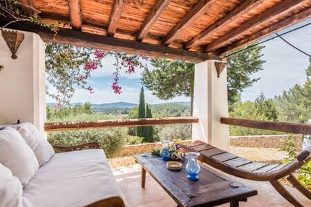 Experience Sun Door Ibiza to Bali dreaming Retreat - Santa Eulària des Riu - ที่พักพร้อมอาหารเช้า