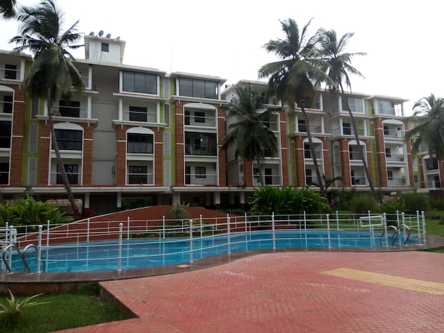 2BHK Fully Furnished Service in Goa - Candolim - Apartment