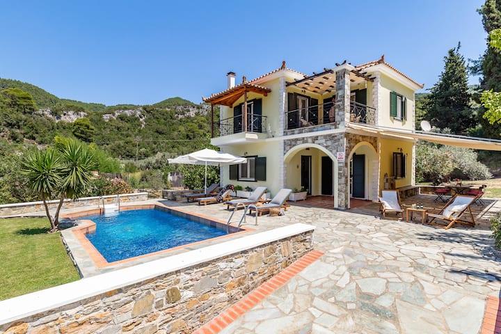 Skopelos Panormos Lux Vila Geraki