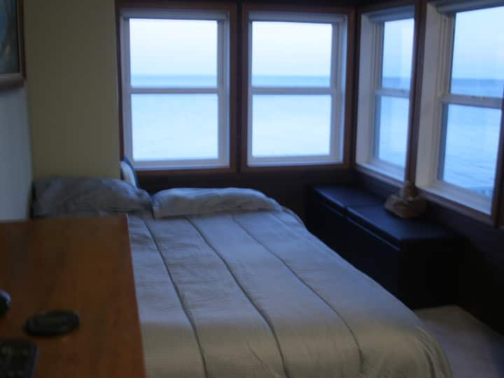 Room/house with panoramic view of Chesapeake Bay.