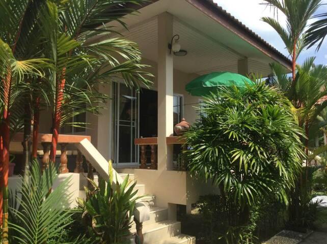 bungalow 1 chambre climatisée, 4 couchages