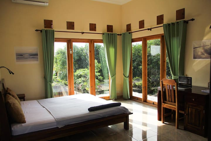 PinkBarrelBali - Double room Mountainside
