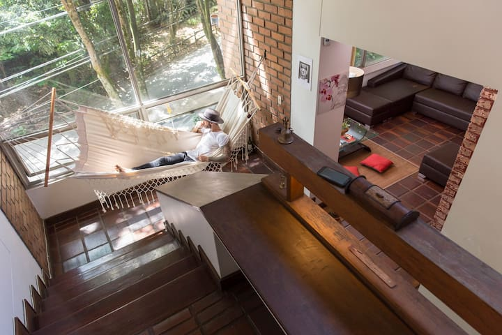AMAZING LUMINOUS LOFT MASTER BEDROOM with pvt BATH - Medellín