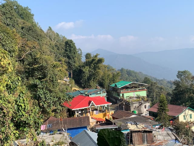 Kalimpong Farm Stay, relax in the Himalayas.
