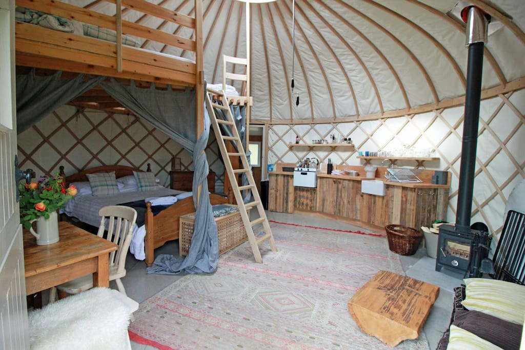 The middle yurt