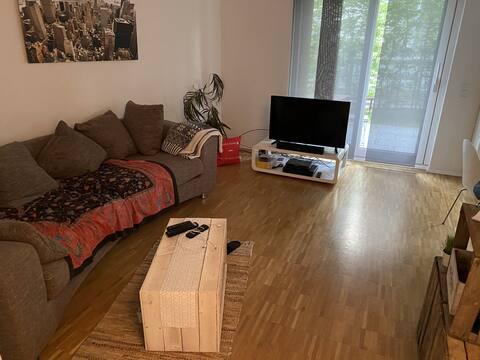 Tolle EG Wohnung mit Terrasse und TG in Lindenthal
