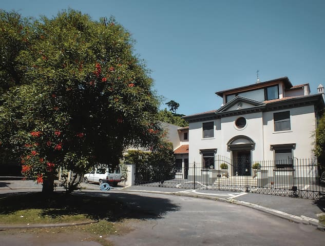 Villa Italiana en las Barrancas de Martinez