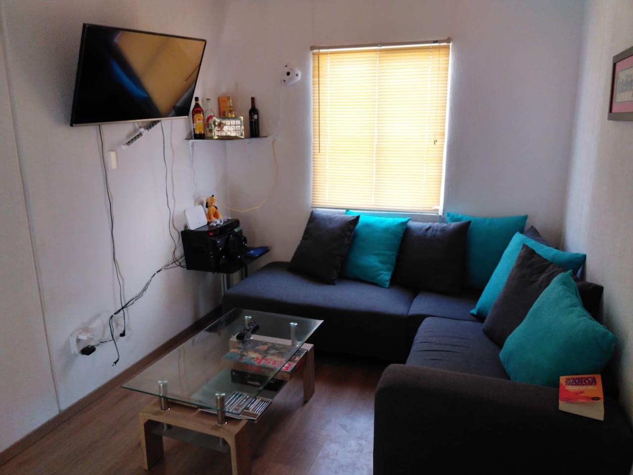 Sala comedor Cuenta con sistema de sonido, televisor, Internet, Juegos de mesa
