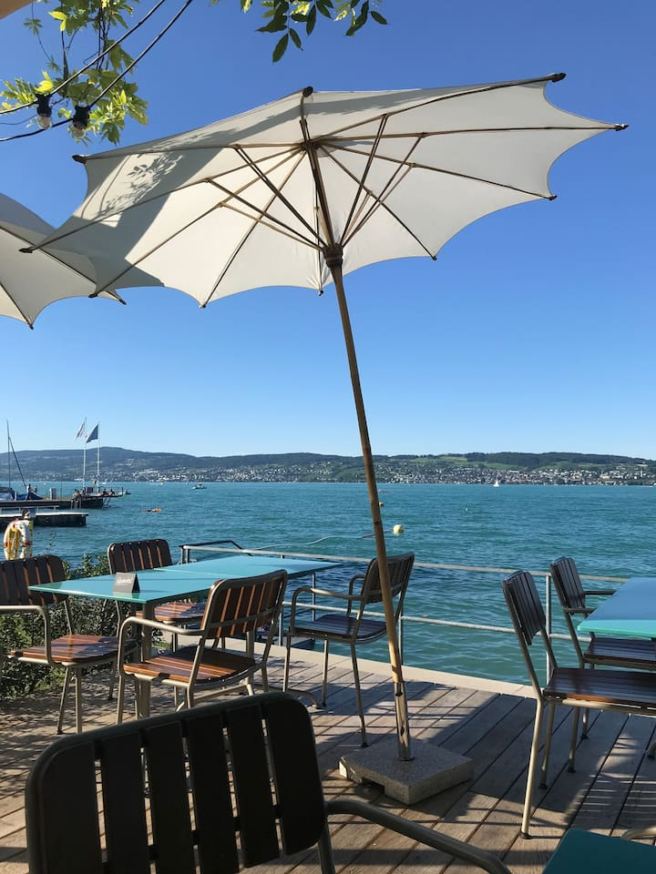 Private room with lots of charm on Lake Zurich
