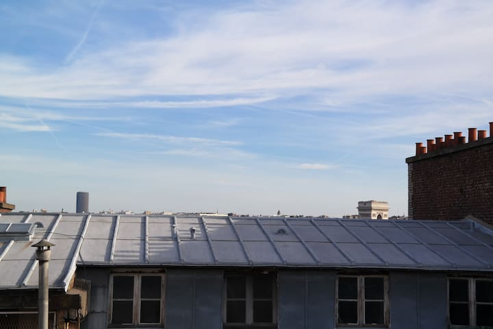 On the roofs of Paris - Paříž - Byt