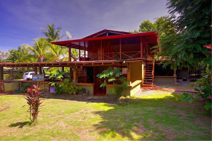 Tropical Paradise-Cabina in Pavones - Pavones  - Stuga