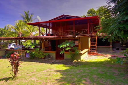 Tropical Paradise-Cabina in Pavones - Cabane