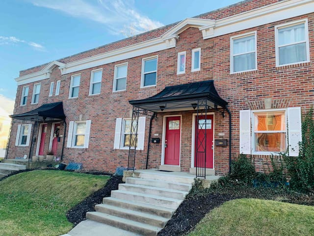 Prime Location Grandview Townhouse! - Downtown/OSU