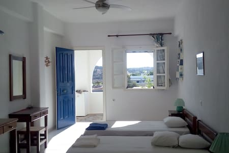 Ideal studio near the beach #2.. Aliki/Paros