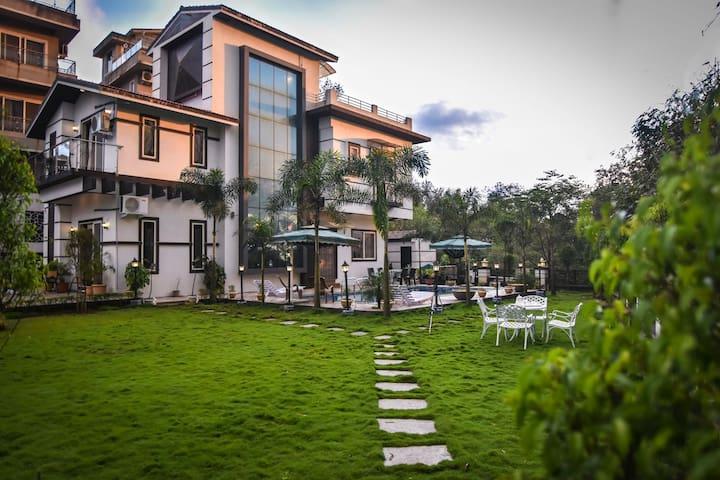 Aashiyaanaa Villa  'PLATINUM'