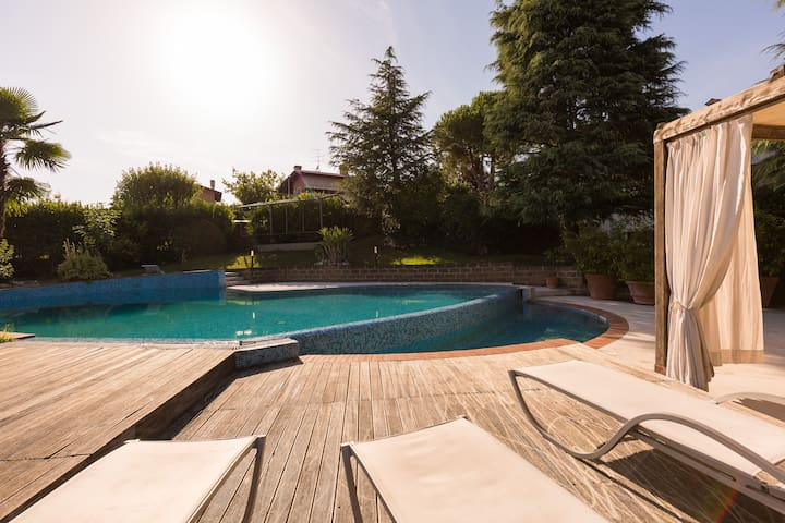 Villa Silvia Swimming Pool Garda Lake