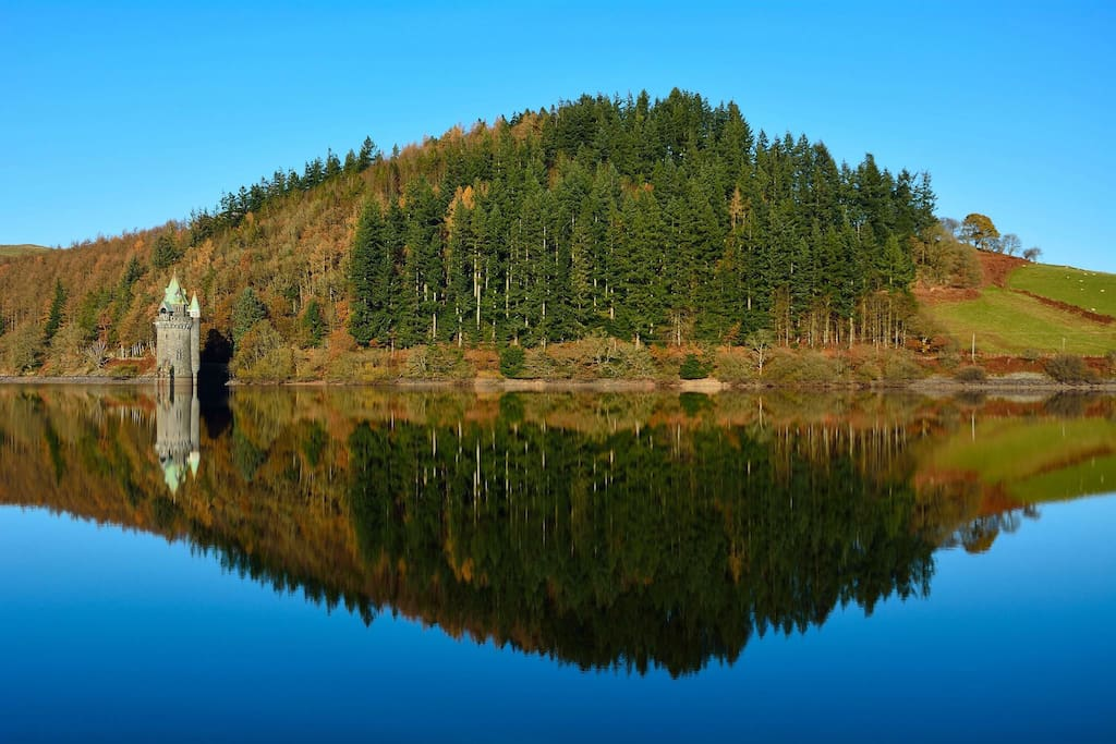 Stunning lake vyrnwy,magical straining tower,miles of great walks,cycling around is a must