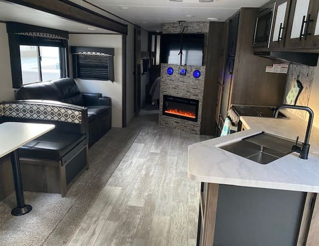 RV Oasis Delivered to Your Vacation Destination