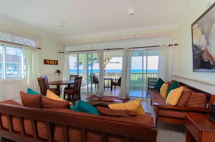 Cabarete - 2BR/2BA Victorian Oceanfront - Cabarete - Apartmen
