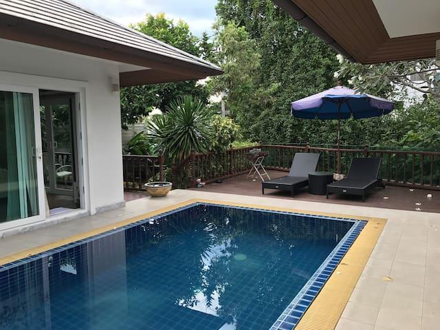 Pool villa Pattaya city