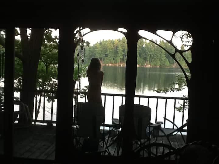 Otty Lake Gallery Retreat - near Perth, ON