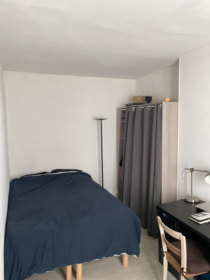PARIS 12: comfortable & cosy flat - well location