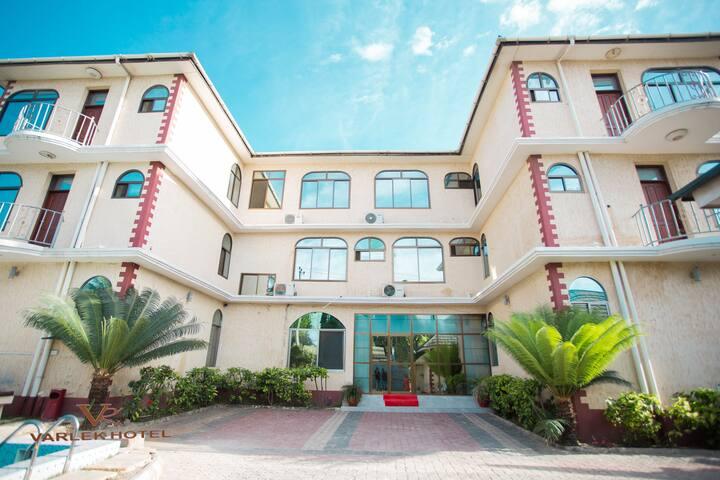 Varlek Hotel - Dar es salaam