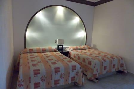 hotel posada FIESTA ALTEÑA - Bahía de Banderas
