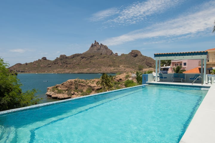 Cliff-Side Villa with Private Beach - Casa Fuego