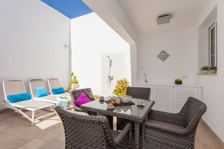 Charming House Sa Torre 90 mtrs from Sea.