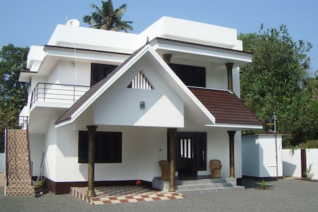 Alma - Mararikulam - Bed & Breakfast