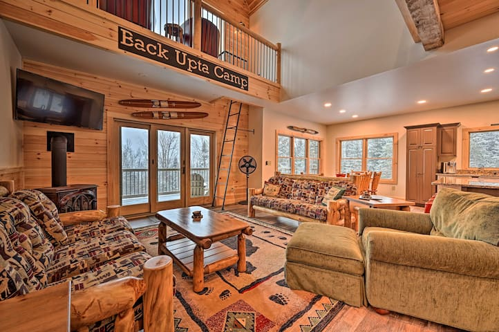 NEW! Rustic 3-Story Pittsburg Home w/Top Amenities