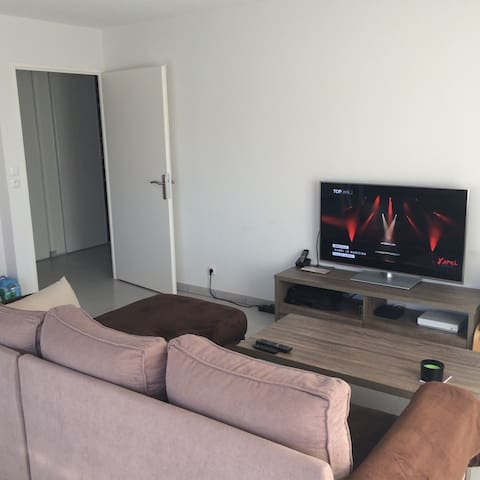 Appartement avec une chambre et une terrasse - Puget-sur-Argens - Appartement