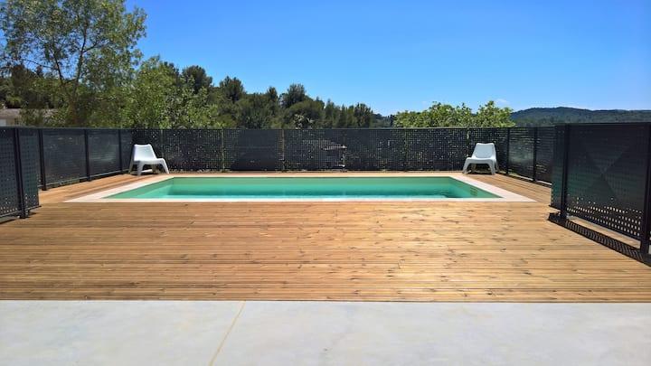 Villa moderne, calme avec piscine - Sud de France