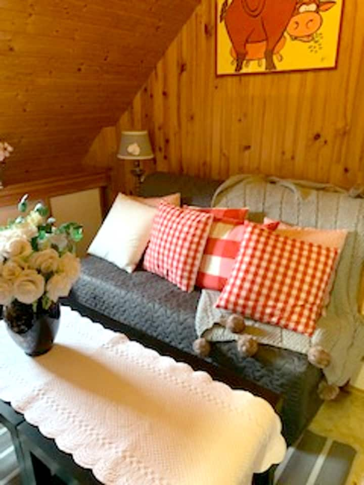 Studio in Plougerneau, with enclosed garden and WiFi