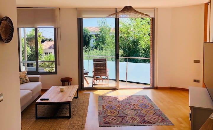 Luminoso y Tranquilo Apartamento Sitges
