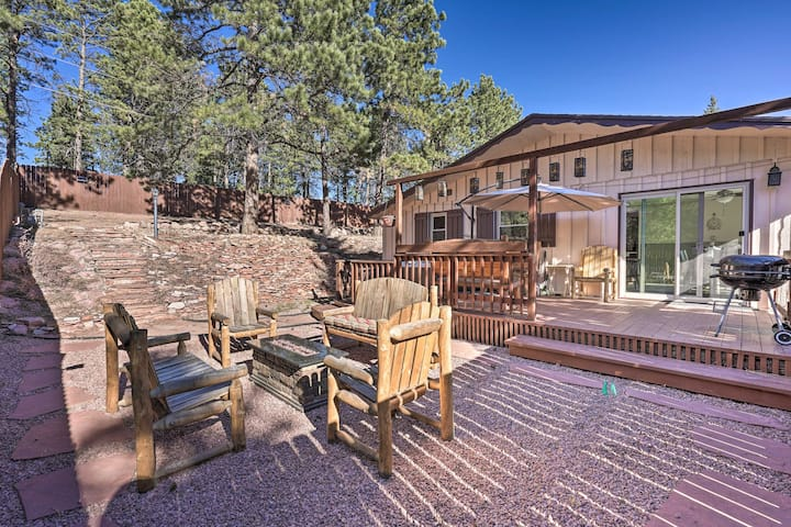 NEW! Mountain Getaway w/ Private Hot Tub + Views!