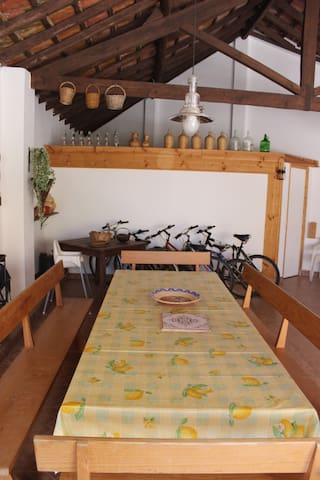 Big livingroom/dinningroom, with big table for party and relax with family and friends