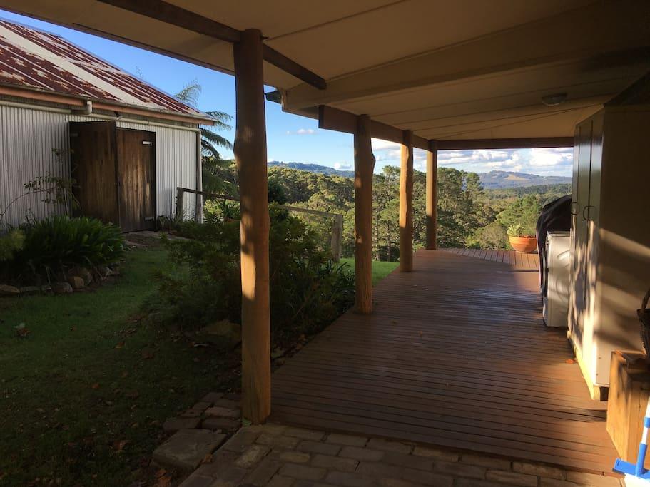The side verandah