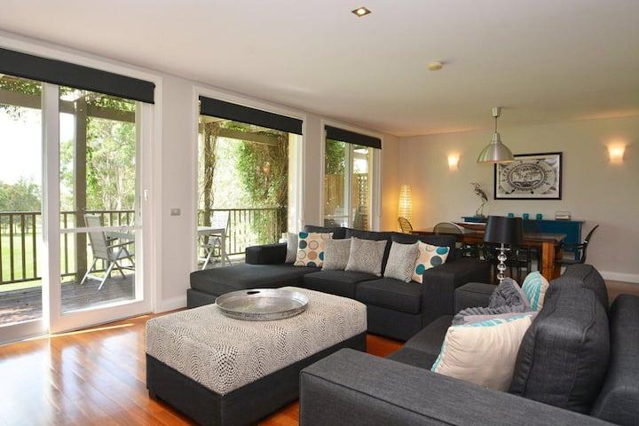 Villas Venticuatro (Sleeps 24) Resort Condos located within Cypress Lakes Resort (nothing is more central)